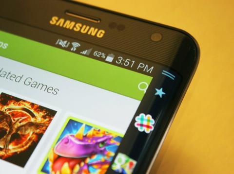 Una imagen en detalle de la pantalla de un teléfono Samsung