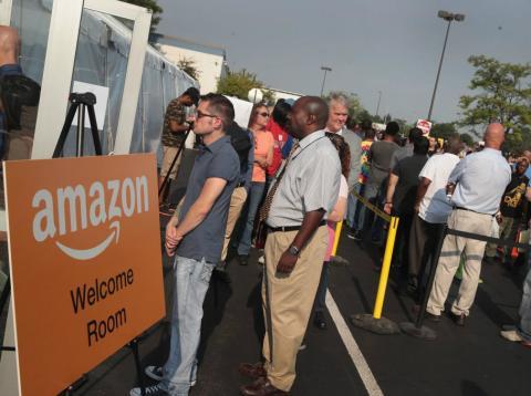 Los trabajadores de Amazon en Ohio tienen que recurrir a la caridad para poder comer