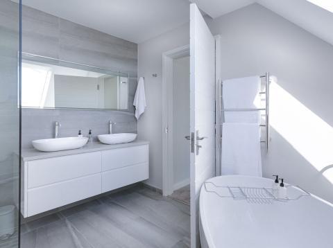 Limpieza del cuarto de baño