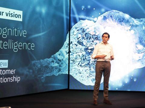 José María Álvarez-Pallete, presidente de Telefónica, en la presentación de Aura en el Mobile World Congress 2018.