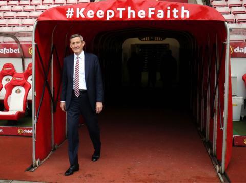 El Sunderland se ofrece a cambio del pago de la deuda