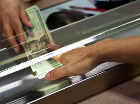 Cambio de dinero en aeropuerto