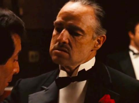 Marlon Brando no estaba interesado en subir al escenario de los Oscar para aceptar su premio por 'El padrino'.