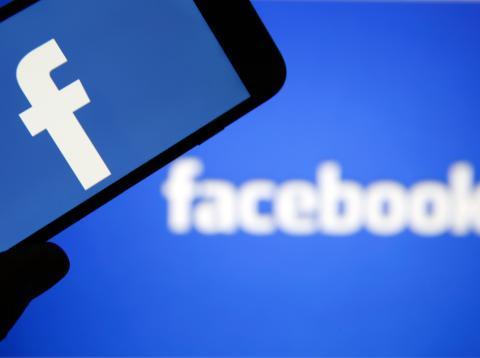 Facebook Eliminar Datos