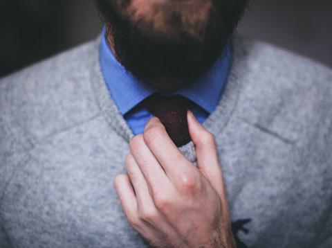Colocar corbata
