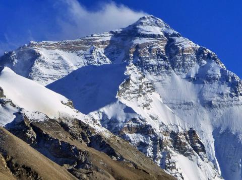 El Himalaya visto desde el Tíbet