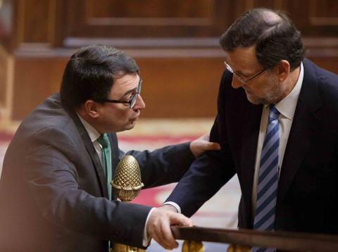 Aitor Esteban Bravo es un político y profesor asociado de Universidad español, que actualmente desempeña el cargo de portavoz del Partido Nacionalista Vasco en el Congreso de los Diputados