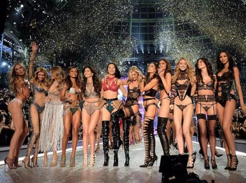 Victoria's Secret: 53 stores