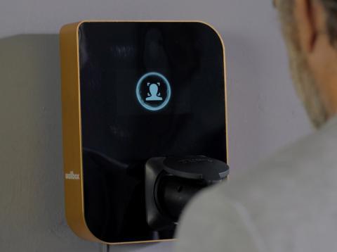 Wallbox reconocimiento facial.