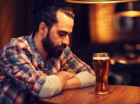 chico triste cerveza