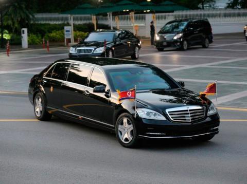 El Mercedes blindado de 1 millón de dólares en el que Kim Jong Un acudió a la cumbre con Trump