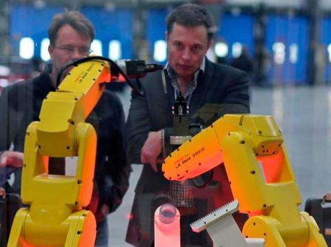 Robots fábrica de tesla