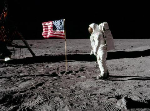 Astronautas llegando a la luna - Apolo 11