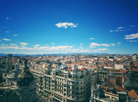 Los tres barrios más populares para los clientes de Airbnb en Madrid fueron Centro, Arganzuela y Chamberí, que representaron el 72% de las reservas.