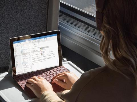 El Microsoft Surface Go es una tableta de $ 400 con un accesorio de teclado de $ 99, que se lanzará el 2 de agosto