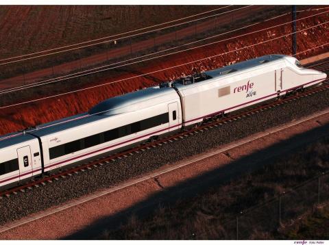 Renfe, AVE, alta velocidad, tren