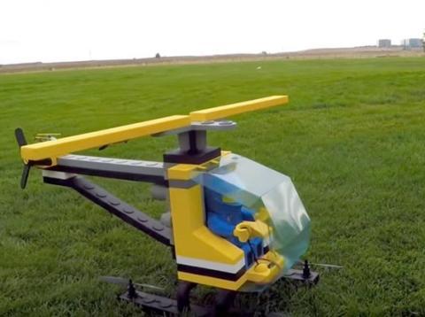 Helicóptero hecho con LEGO [RE]