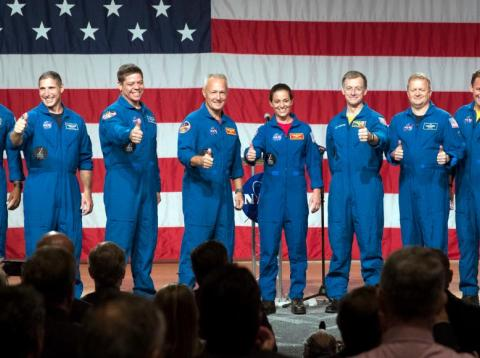 Estos son los 9 astronautas escogidos por la NASA para tripular las aeronaves de SpaceX y Boeing [RE]