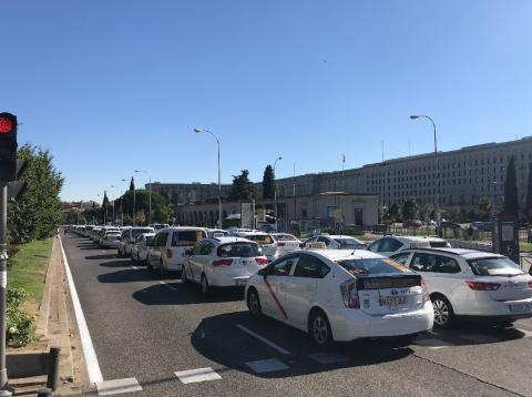 taxistas desconvocan huelga