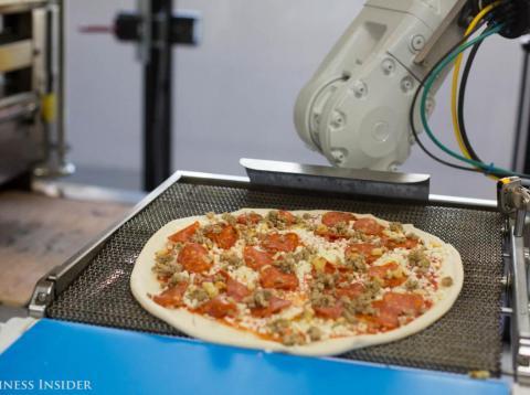 Hemos probado Zume Pizza para comprobar su comprobar si la pizza es tan buena como su tecnología