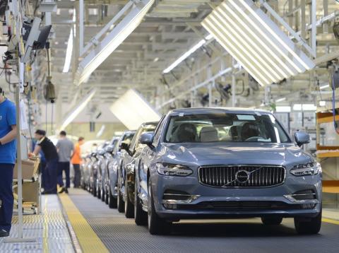 cadena montaje Volvo en China