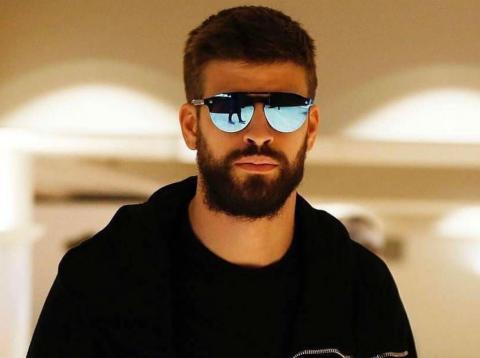 Gerard Piqué, con unas gafas Kypers