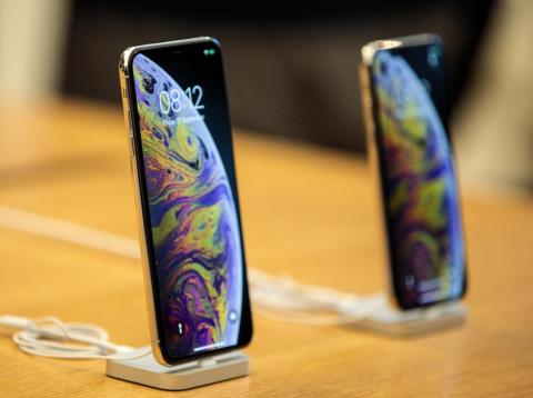 So what's going on with the iPhone XS selfies?