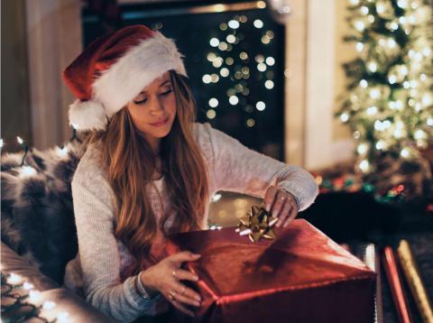La música navideña supuestamente te anima a gastar.