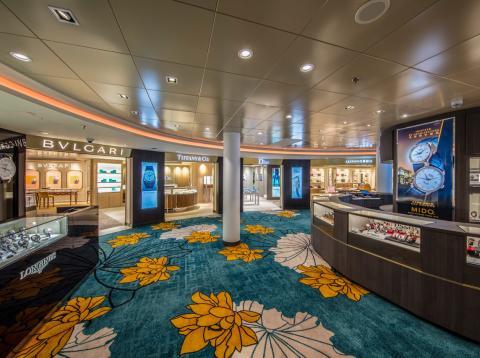 Tiendas de lujo en los cruceros Dream Cruises