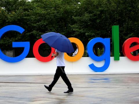 Los trabajadores de Google protestan contra los abusos sexuales.