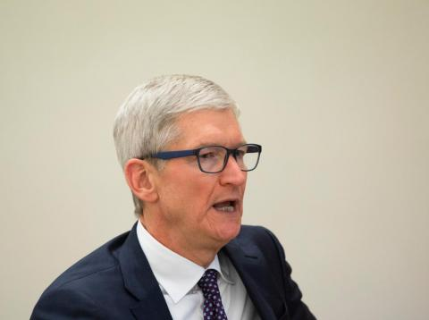 [RE] CEO Apple Tim Cook