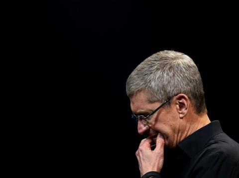 Apple's recent woes are bleeding into its global supply chain as stock selling accelerates