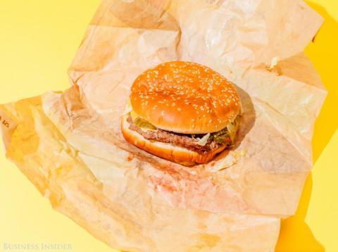 Burger King lanza una agresiva campaña contra McDonald's vendiendo Whoppers a un centavo [RE]