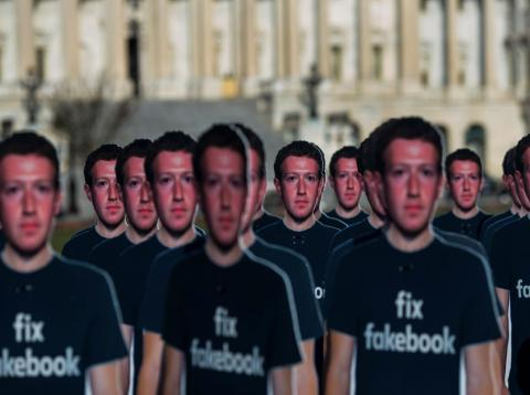 ¿Es Facebook una amenaza para la democracia?