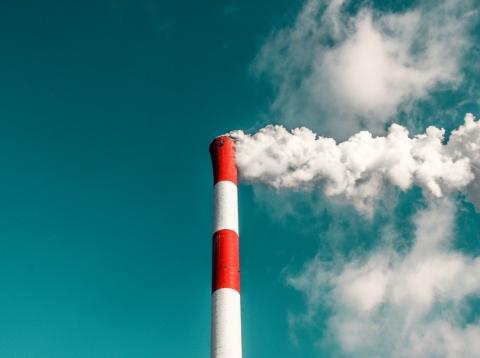Chimenea contaminación
