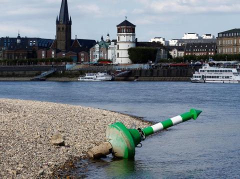 [RE] El río Rin se está secando y está causando una recesión en Alemania [RE]