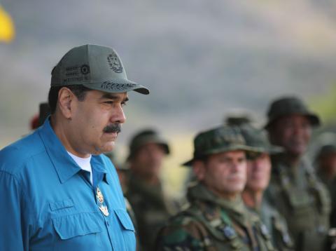 Nicolás Maduro, presidente de Venezuela, asiste a unas maniobras militares