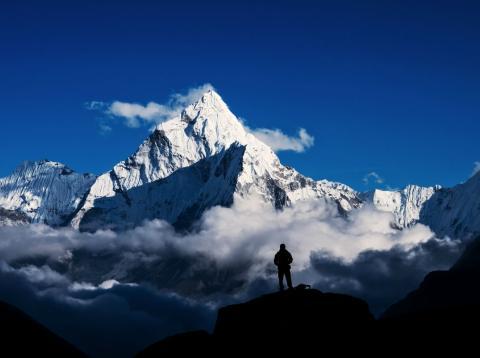 Un montañero en el Himalaya