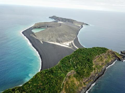 Isla HTHH Pacífico