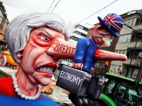 Una figura alegórica de Theresa May en el carnaval de Dusseldorf