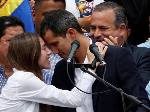 Juan Guaidó y su esposa Fabiana Rosales