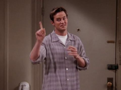 Matthew Perry interpreta a Chandler Bing en Friends
