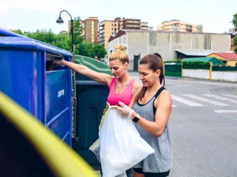 Tirar cosas basura