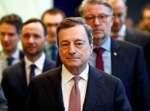 Mario Draghi es un economista italiano, presidente del Banco Central Europeo