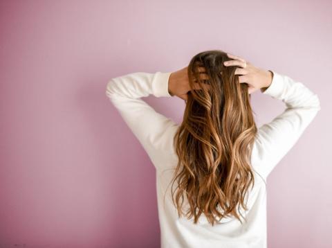 alimentos que ayudan a tu pelo