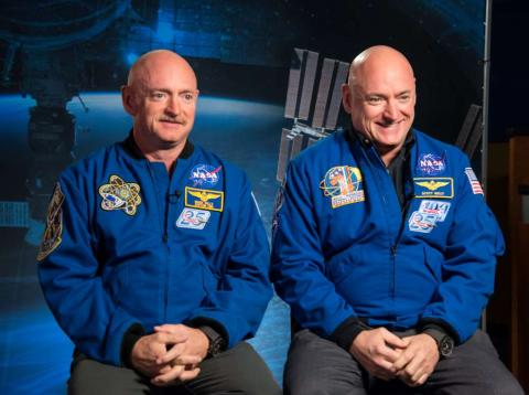 Scott y Mark Kelly: gemelos astronautas.
