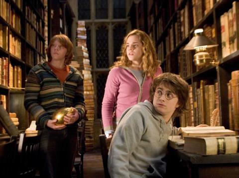 La biblioteca de Hogwarts