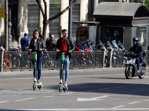 Patinetes eléctricos compartidos en Madrid