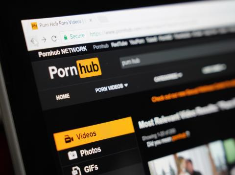 [RE] Pornhub