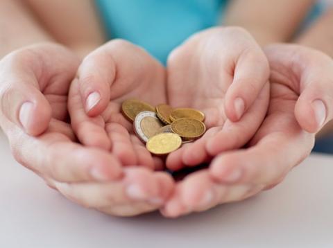 enseñar a los niños a donar es más importante de lo que crees.s